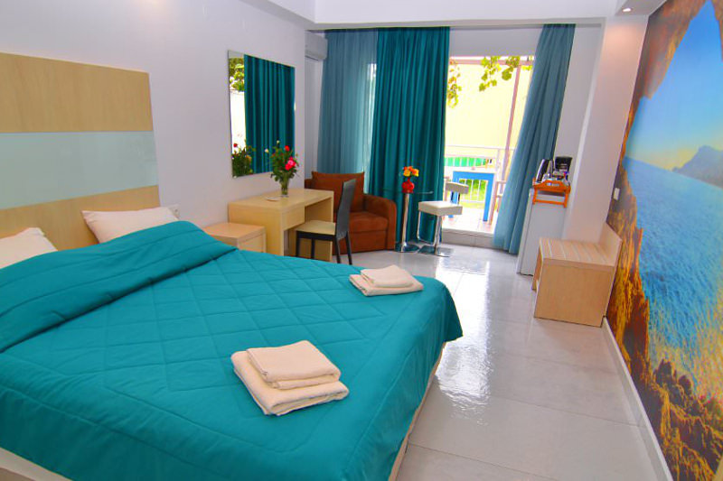 Promo 84 Off Romantic Deluxe Double Beach Front Be Jalan